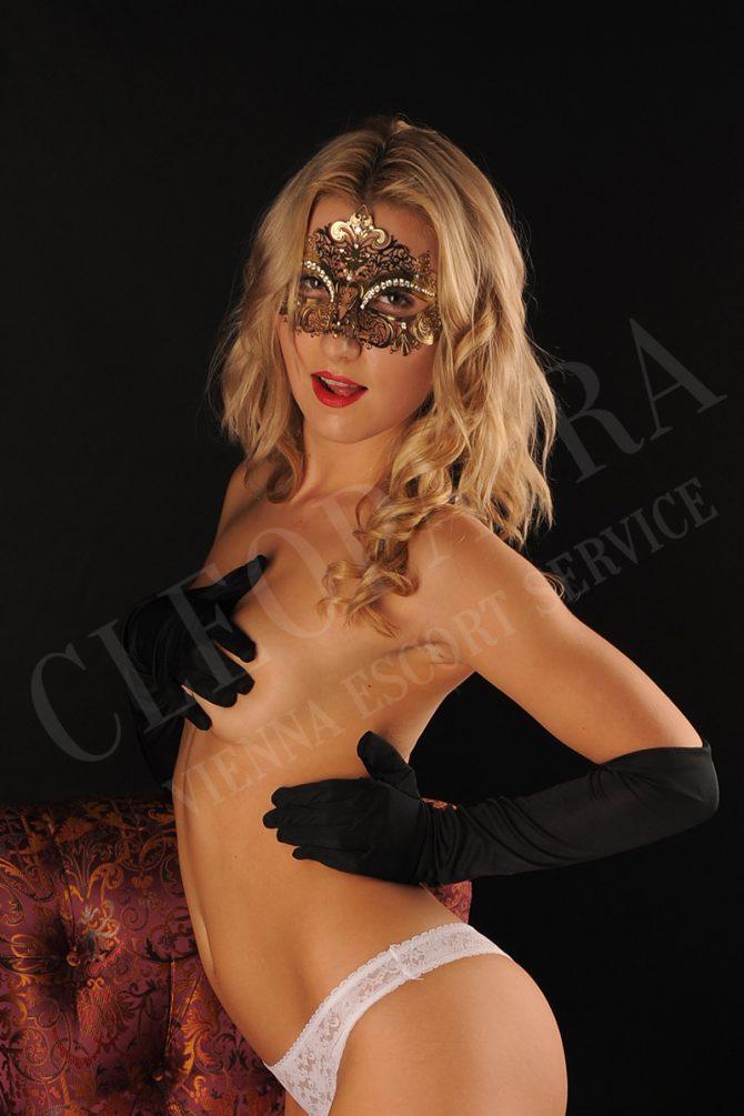 alice-cleopatra-vienna-service-1